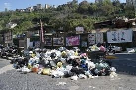 La Campania rischia una sanzione europea per la gestione dei rifiuti